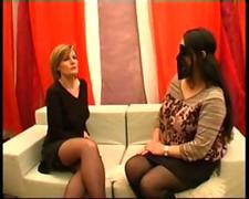 2 french ladies in stockings