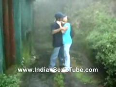 Indian Software girl Fuked Hard n Moaning in Rainy Outdoor Garden