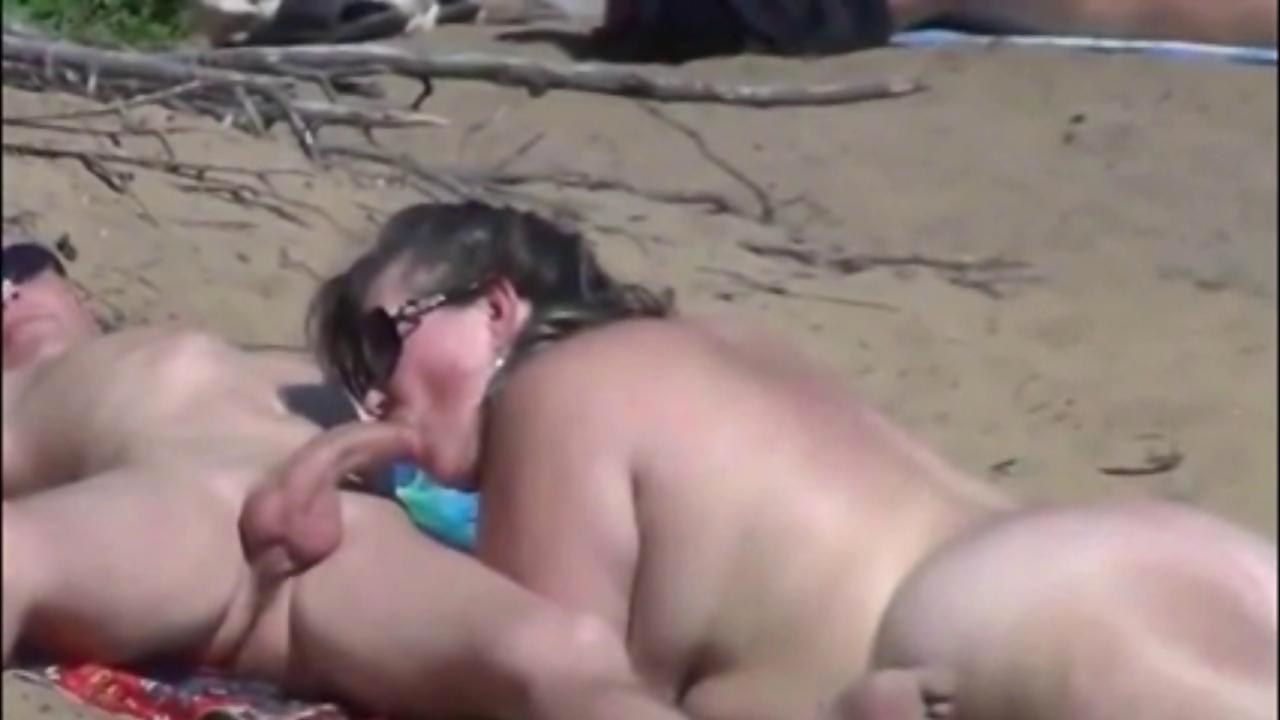 Spying a young mexican couple having outdoor sex 2