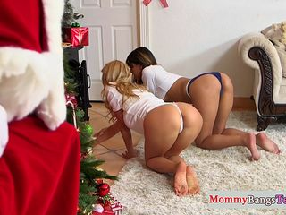 stepmommy busty doggystyled by santa clause