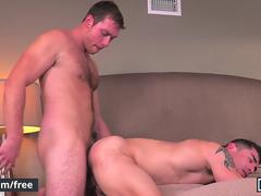 Men.com - Connor Maguire Jeremy Spreadums - Commuters - Drill My Hole