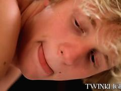 Blonde and brunette twinks enjoying a fuck session at home