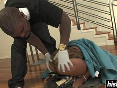 Ebony slut gets a BBC surprise