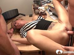 Fat dude sucked off by a thirsty babe