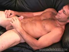 Mature Amateur Matt Jacks Off