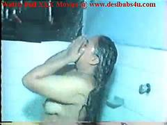 Indian Aunty Sex Bath And Enjoying Fucking With Husband