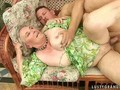 Very old granny getting fucked