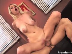 Horny chick jumps on phat dick segment