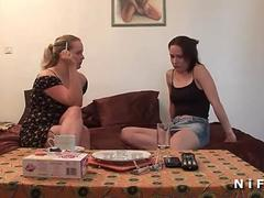 FFM Two sexy french sluts sharing a big cock after a shower