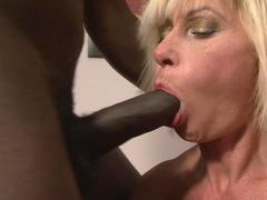 Pussy starved black stud jams his mighty rod deep inside a dirty white granny