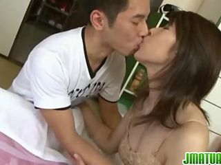 Hairy housewife gets nailed in hardcore