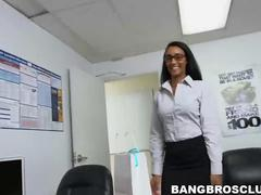 Hot Arianna Knight gets fucked by her boss in the office