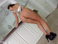 Allinternal Perfect body Tina Kay gets banged hard an satisfies five cocks with her mouth