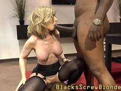 Mature slut creamed bbc