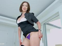 MILF THING brings you Yasmin Scott in milf hardcore gonzo scene