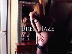 Blonde Bree Haze unleashes her kinky side
