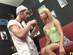 Blonde teen Alisa anal with makeup artistBlo