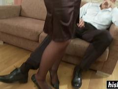 Hot babe in stockings gets fucked