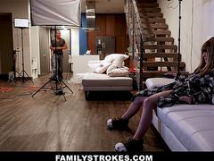 FamilyStrokes - Photographer Step-uncle Fucks Hot Niece On Set