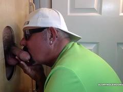 Construction Guy Sucked Off At Gloryhole