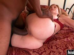 Nina Hartley bangs with a black dude