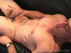 Mature Amateur Darren Beating Off