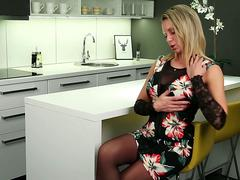 Blonde naughty mom Queenie masturbating her shaved pussy
