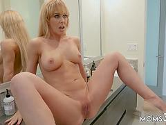 chums playmate turns mom to slut Satisfying my Step Mom