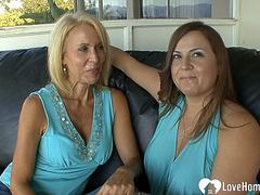 Two MILFs pleasure each others cunts with toys