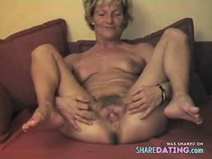 mature displays her lovely hairy pussy video