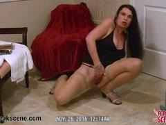 Brunette MILF sticks dildos in her butthole